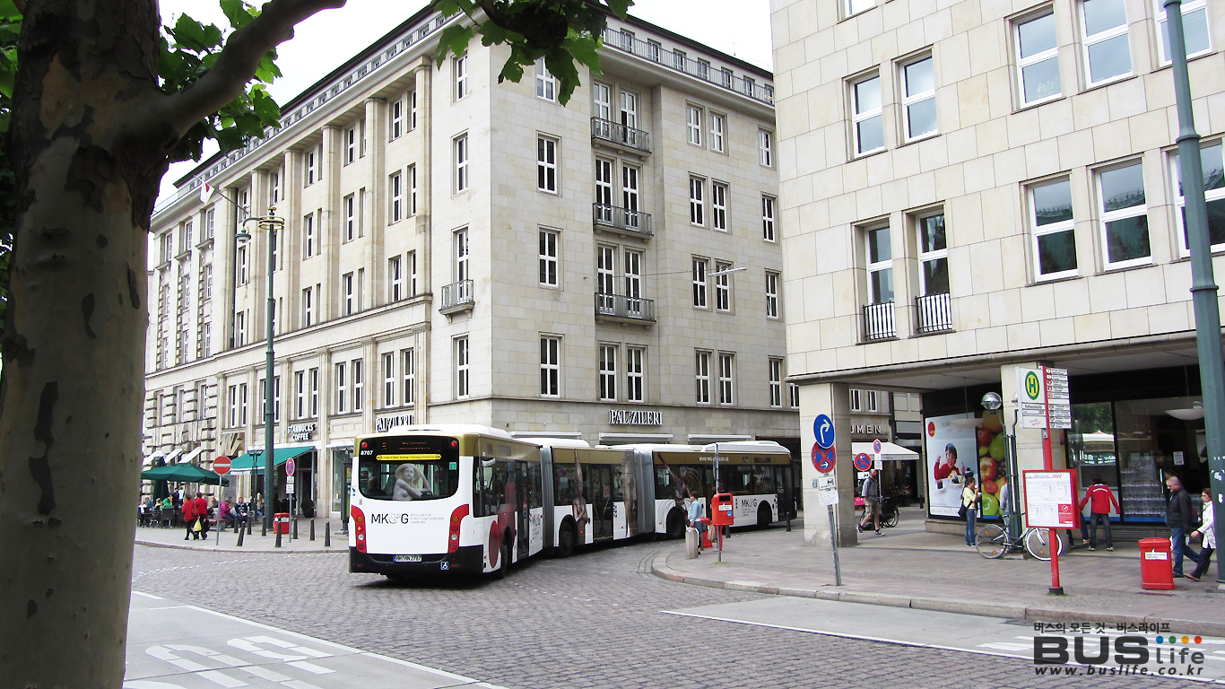 독일 함부르크시 25m 굴절버스